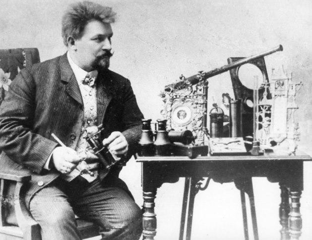 Karl Krille, Firmengründer von Optiker Brillen Krille in Rostock