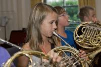 Auch das C-Orchester ist hornmäßig gut besetzt